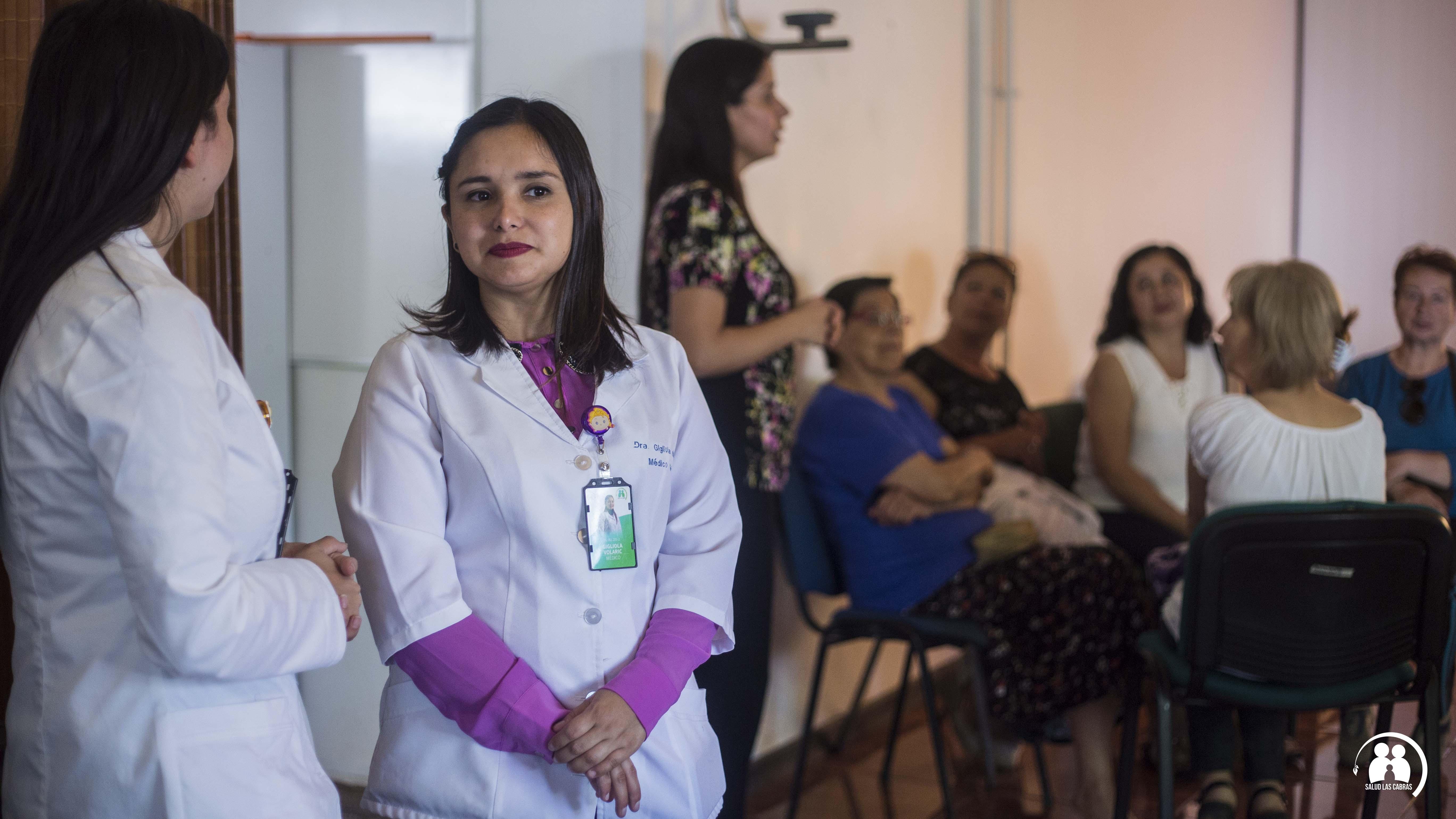 Profesionales de Salud realizan talleres informativos a cuidadores de pacientes con dependencia Severa.